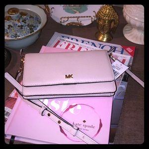 NWT Michael Kors soft pink leather phone Crossbody